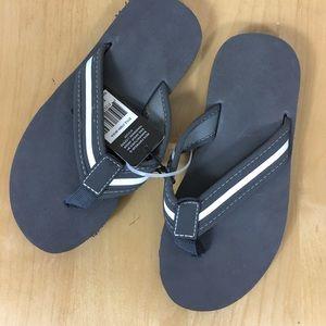 Revo Shoes - Revo Flip flops Boys Brand New